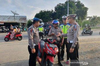 Hari pertama operasi zebra, polisi malah tilang polisi