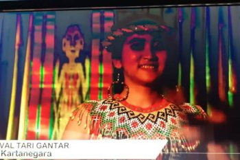 Festival Tari Gantar Lestarikan Budaya Tradisi Dayak