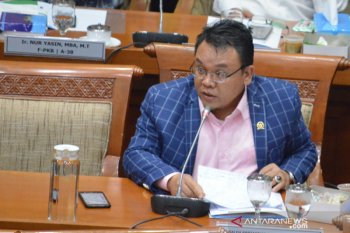 Anggota DPR Saleh Partaonan Daulay  kecewa pemerintah tetap naikkan iuran JKN