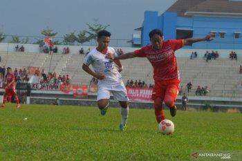 Persika Karawang dikandaskan tim tamu Tiga Naga Riau 1-2