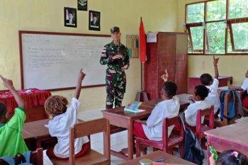 Di perbatasan RI-PNG satgas gelar lomba mewarnai untuk pelajar
