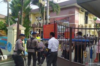 Mako Polrestabes Medan dijaga ketat pasca ledakan,