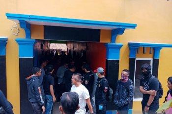 Densus tangkap pasutri terduga teroris di Cianjur