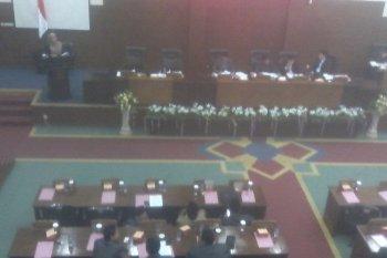 Bupati Irna sampaikan pandangn umum Fraksi DPRD Pandeglang