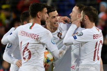 Hasil dan klasemen Grup B kualifikasi Piala Eropa, Ukraina dan Portugal lolos, Serbia playoff