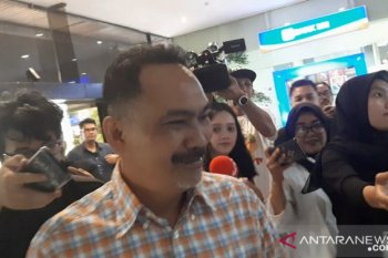 Politisi Rizal Mallarangeng datangi Kementerian BUMN