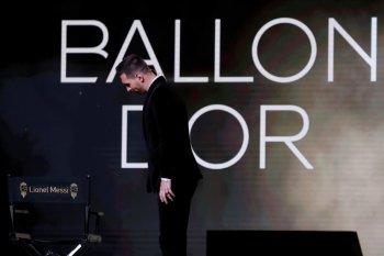 Kembali ciptakan rekor, Lionel Messi raih Ballon d