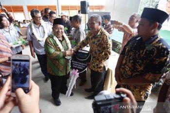 Indominco serahkan gedung seba guna Desa Martadinata