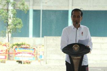 Presiden Jokowi kejar industri petrokimia kurangi defisit neraca perdagangan