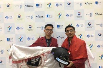 Helm pintar  mahasiswa UMM raih medali di Korsel