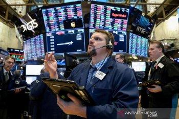 Wall Street ditutup bervariasi di tengah laporan laba triwulan