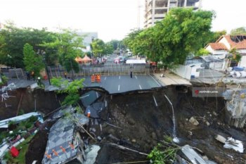 PN Surabaya agendakan sidang di lokasi jalan ambles