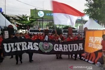 Suporter Indonesia padati Stadion Rizal Manila