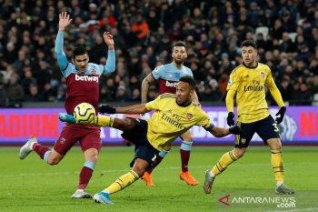 Arsenal raih kemenangan pertama di bawah asuhan Ljungberg