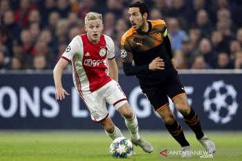 Ajax tumbang di kandang dan tersingkir di Liga Champions