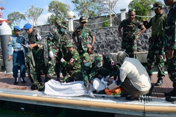 Lantamal V Denpasar simulasikan ancaman teror bom