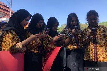 Rekor MURI membaca menggunakan gawai terbanyak dipecahkan Kota Malang