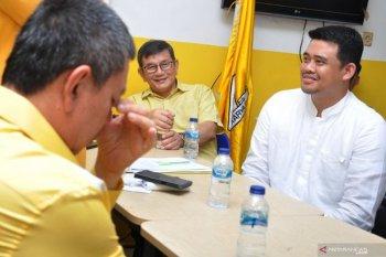Menantu Presiden  Jokowi, Bobby kembalikan formulir pendaftaran ke Golkar