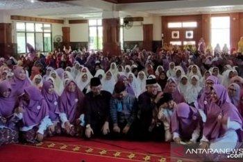 Peringatan Hari Ibu, Salimah Depok panjatkan doa untuk ibu