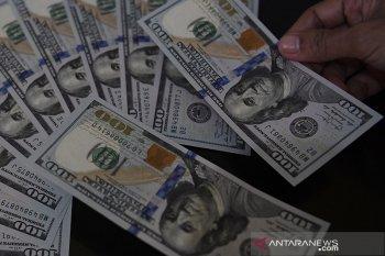 Pasar AS tutup, dolar naik tipis ditopang data ekonomi kuat