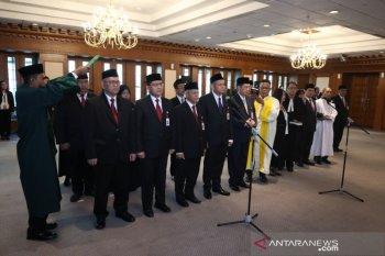 Wimboh Santoso lantik 15 pejabat pemimpin baru OJK