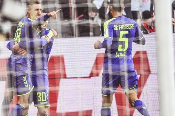Freiburg kembali masuk zona eropa usai kalahkan Mainz 2-1