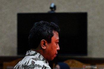 Mantan Ketua Umum PPP Romahurmuziy divonis 2 tahun  penjara