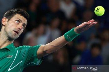 Australia Open: Djokovic lewati putaran pertama, hujan tunda pertandingan