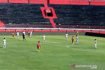 PSM Makassar tundukkan Lalenok United FC, 4-1