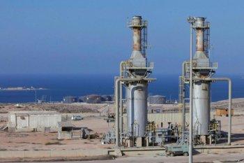 Harga minyak turun tertekan kekhawatiran perlambatan ekonomi global dan melemahnya permintaan