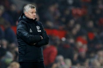 Ini alasan Manchester United belum pecat Solskjaer
