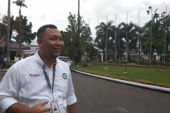 Barongsai sambut penumpang di Bandara Sultan Thaha selama Imlek
