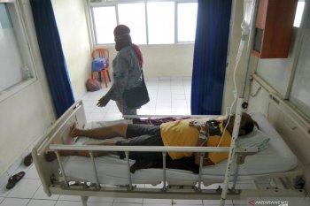 Seorang pasien diduga suspect virus corona dirawat RSUP M Djamil Padang