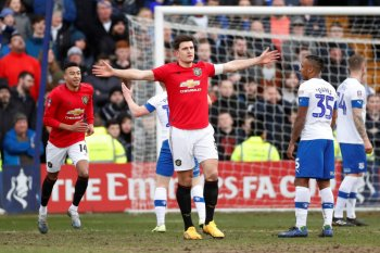 Bantai Tranmere 6-0, Maguire cetak gol perdana bersama Manchester United