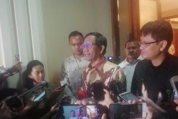 Mahfud MD minta soal virus corona masyarakat tenang