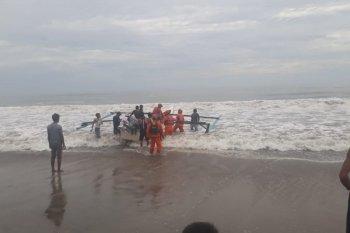 Dua perahu nelayan di Sasak kembali tenggelam lima ABK hilang