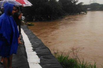 Pemerintah Provinsi Jawa Barat berkomitmen normalisasi sungai