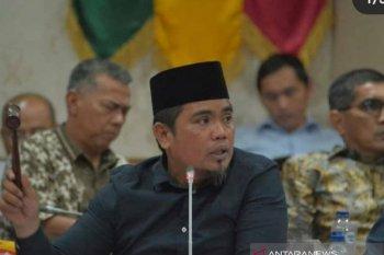 Ketua PDIP Riau heran ada surat panggilan kadernya oleh KPK di medsos