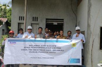 Warga Dusun Pangkalan Tuik kini nikmati listrik PLN