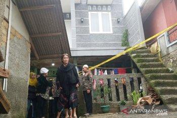Tragis, satu keluarga di Bogor tewas tertimbun longsor saat tidur