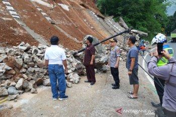 BPBD: Longsoran tanah  di Limbangan terjadi saat gempa Tasikmalaya