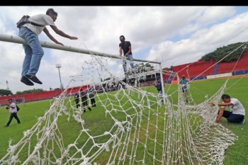 Persiapan stadion kandang Persik Kediri