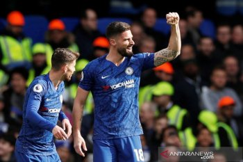 Chelsea bekuk Spurs 2-1