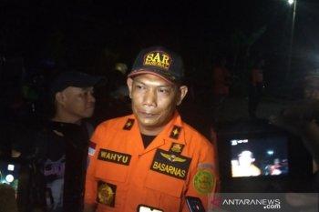 Pencarian dua siswa SMPN 1 Turi yang hanyut dihentikan sementara
