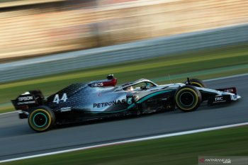 Mobil Hamilton mogok dalam tes Barcelona hari kelima