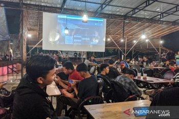 "Peserta antusias ikuti turnamen ""games online"" ANTARA - Samudera Coffee"