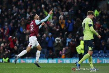 Burnley lanjutkan tren positif