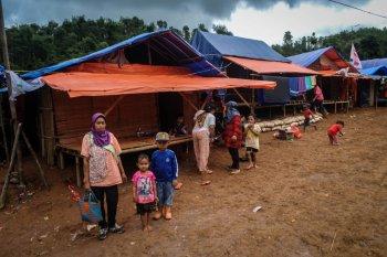 Relawan PMI Lebak fasilitasi hunian sementara fokus korban banjir di Lebak Gedong dan Sajira