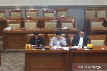 DPR tanyakan pada Yasonna Laoly, kesulitan Rizieq kembali ke Indonesia
