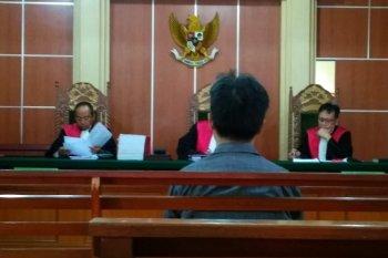 Mantan Kakanwil Kemenag Jambi dituntut delapan tahun penjara